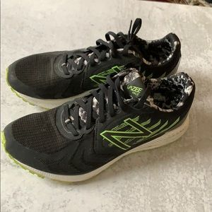 Like new vazee pace NB sneakers